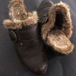 B.O.C. Fur lined slip on booties